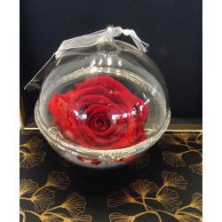 Boule en verre rose éternelle